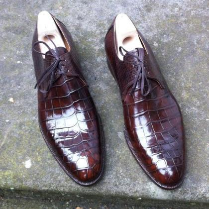 Men's Brown alligator Leather Shoes..