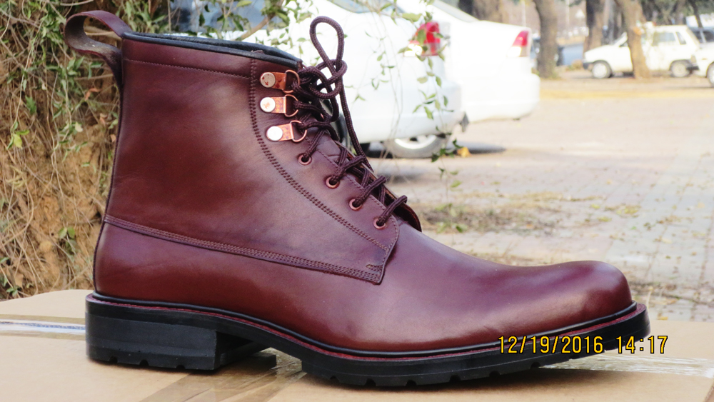 HANDMADE MEN MAROON DESERT LEATHER BOOTS, MEN LEATHER BOOT TIRE SOLE