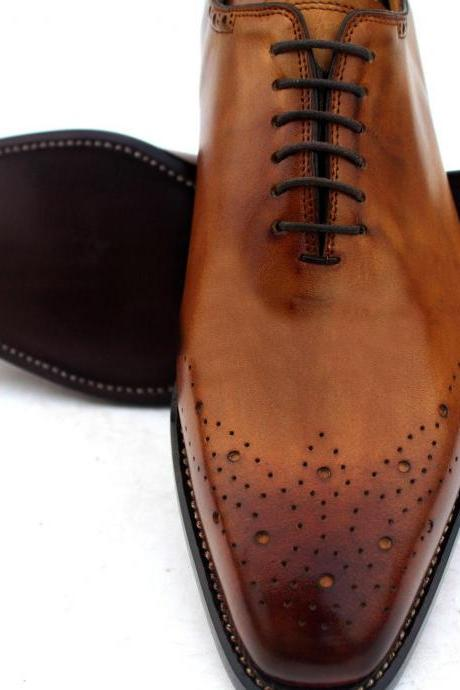 New Handmade Men Brogues Lace Up Tan Dress Formal Shoes For Stylish Men