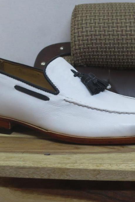 Handmade white Moccasin Shoes, Men's Slip On Tussle Formal Dress Leather Shoes